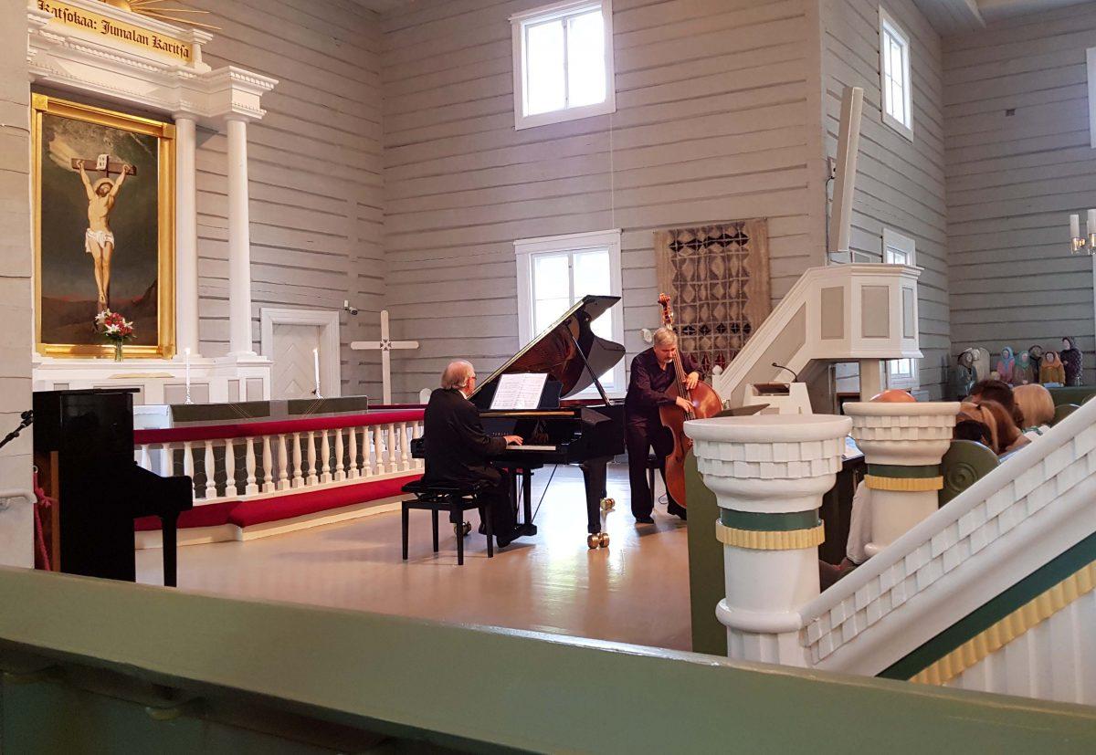 Sello- ja flyygeli konserrti Puumalan kirkossa